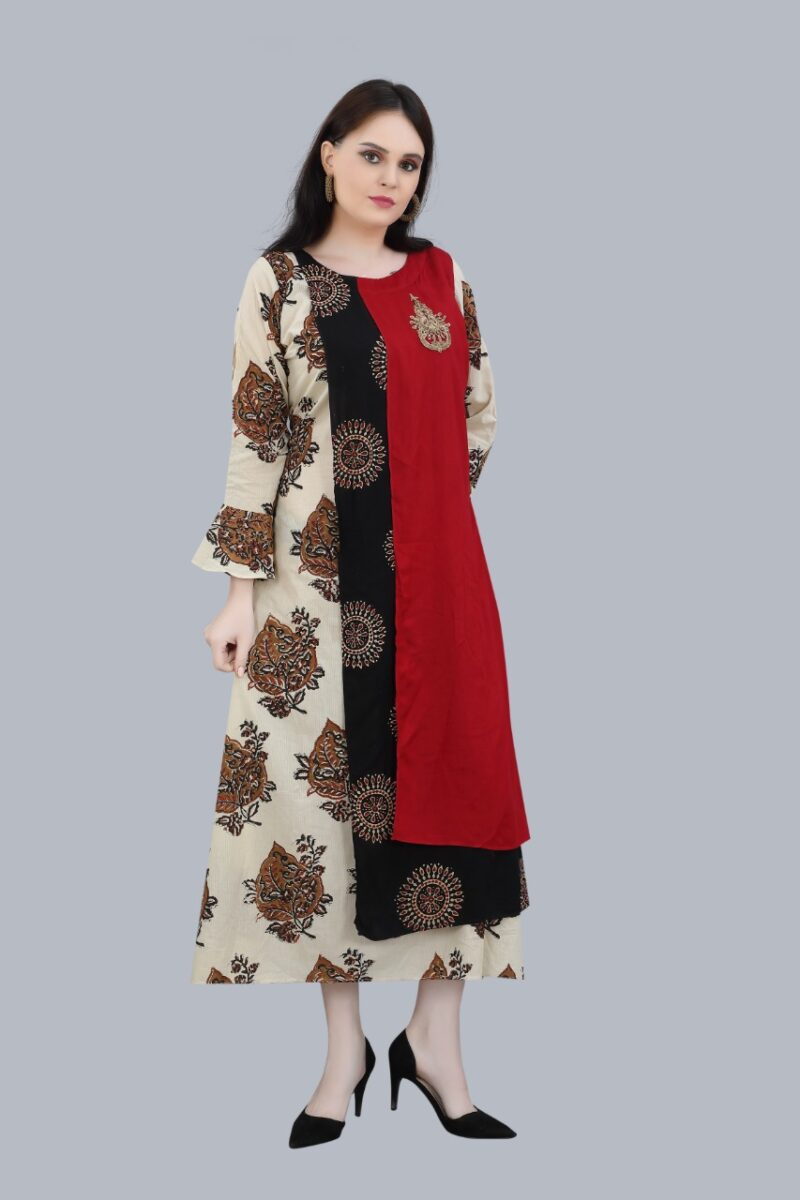 Right Side view of Maroon and Black Cotton Kurti