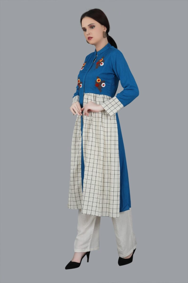 Left Side view of Blue and White kurti